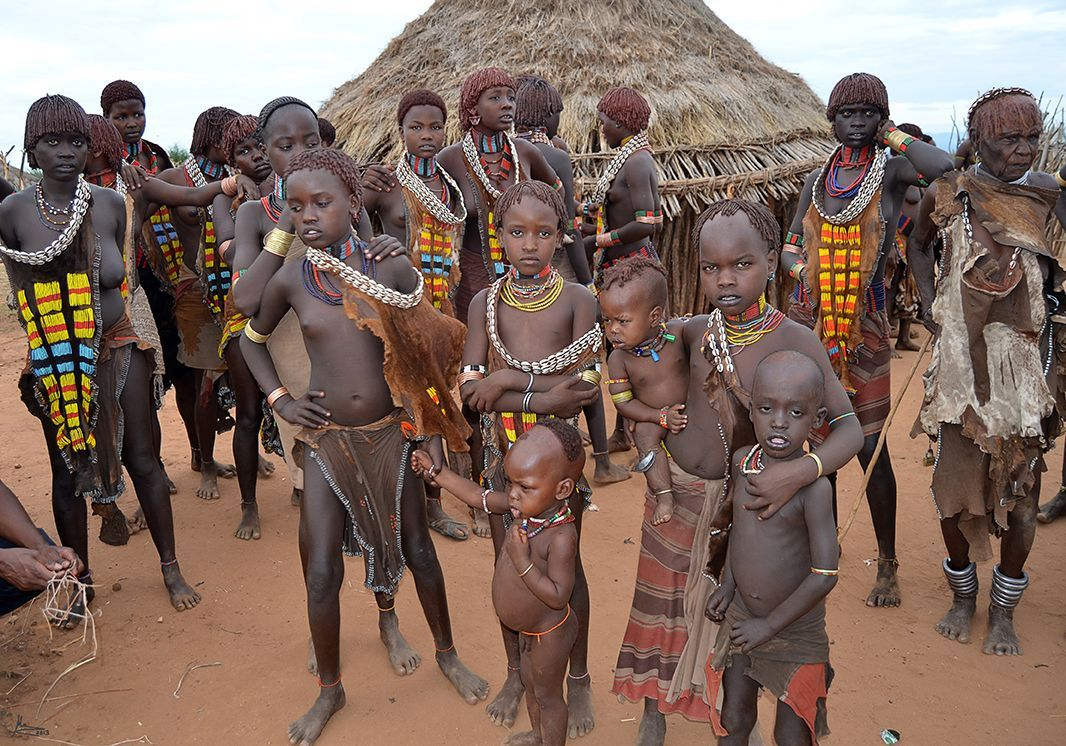 SOUTH OF ETHIOPIA. OMO VALLEY TRIBES